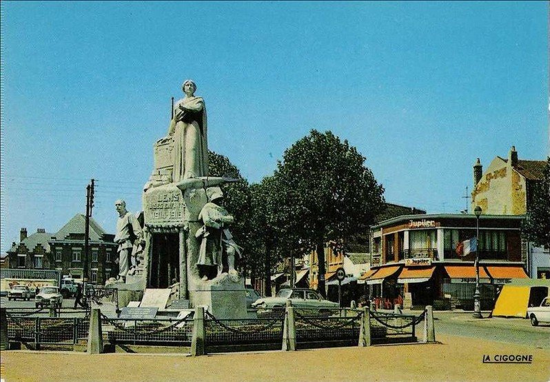 monumentmort.jpg